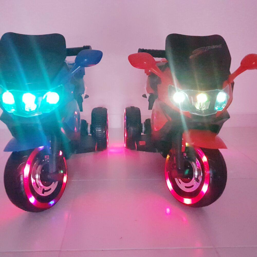 Kindermotorrad 2-4 Jahre Glühende Räder LED (2-4 Jahre)